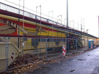 Grafitti-Projekt: Lichtenberger Brücke 18